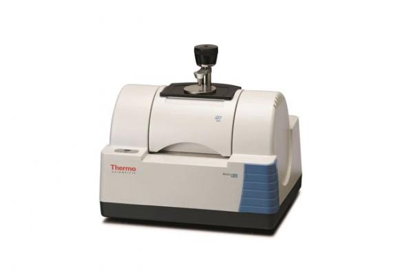 Espectrômetro de Infravermelho por Transformada de Fourier Thermofisher Nicolet iS5